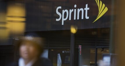 Sprint offers half-price plans in bid to poach AT&T and Verizon customers