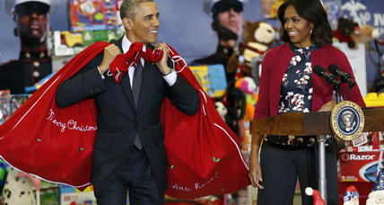 President Obama 'big elf' at Marine Corps toy drive (+video)