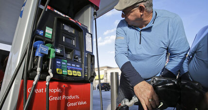 Gas at $2 a gallon: States revel in low gas prices