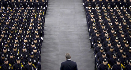 Mayor de Blasio booed at police academy graduation: Can rift be bridged?