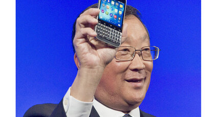 In last-ditch effort, BlackBerry launches Classic phone