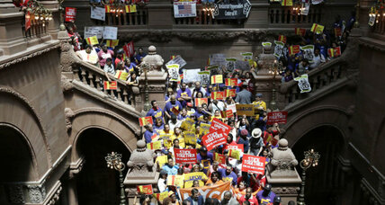 With 21 states raising minimum wage, 2015 is a tipping point (+video)