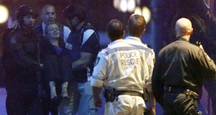 Hostage crisis ends in Sydney as armed police storm cafe