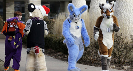 "Suspected chlorine gas attack forces ""furry"" convention to evacuate"