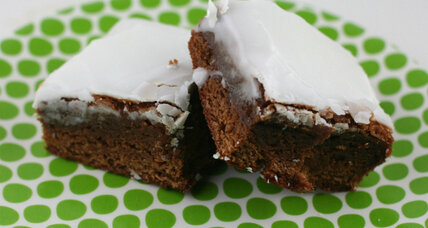 Gingerbread brownies with buttermilk glaze