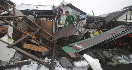 At least 21 dead after Typhoon Hagupit strikes Philippines (+video)