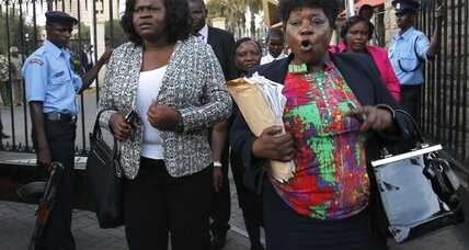 Amid fist fights, Kenya parliament passes controversial antiterror law (+video)