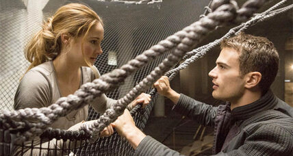 'Insurgent' trailer shows protagonist Tris on the run