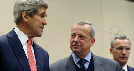 Is US goal to 'destroy' Islamic State? President Obama and US envoy disagree. (+video)