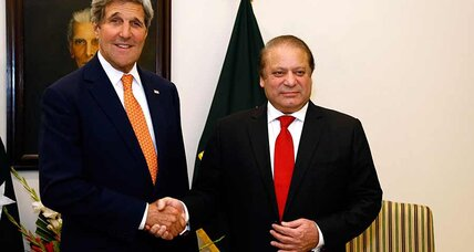 As John Kerry visits Pakistan, hopes rise for counterterrorism cooperation (+video)