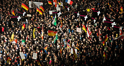 Spurred by Paris attacks, anti-Islam protest surges in Dresden (+video)
