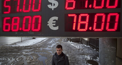 Bear's bad year? Russia faces grim economic outlook in 2015