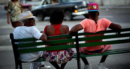 No Internet in Cuba? For some, offline link to world arrives weekly