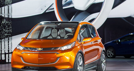 Chevy Bolt EV rivals Tesla with 200-mile range for just $30K