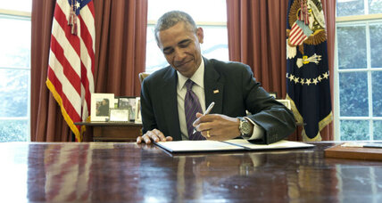 Obama takes executive action on paid family and medical leave