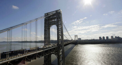 Why 'bridge builder' is IN for 2016 (but may be OUT for Chris Christie)