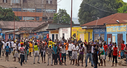 Congo police clash with anti-government protesters over vote law