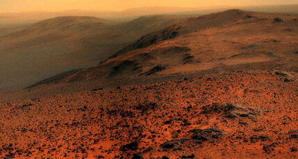 11-year-old Mars rover snaps spectacular photo