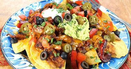 Super Bowl recipe: Fajita chicken nachos