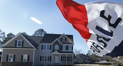 Consumer confidence and home sales surge, hinting at a big 2015 for housing (+video)