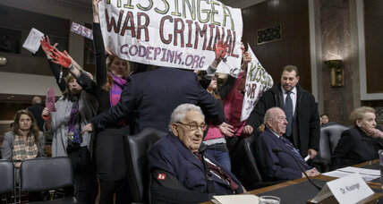 John McCain erupts at protesters during hearing. Why the anger? (+video)