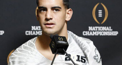 College football championship: Will Oregon's system hurt Mariota's NFL draft stock?