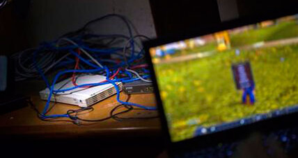 Resourceful Cubans create secret computer network amid Wi-Fi ban