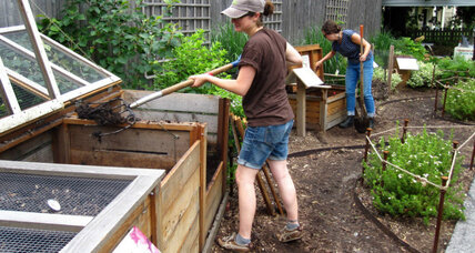 Cycle-riding coop fills dual needs: waste removal, composting