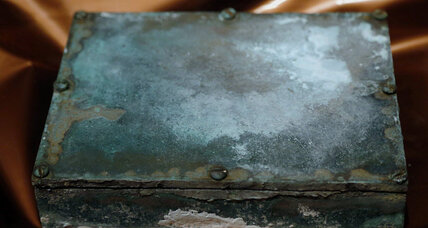 Paul Revere's time capsule unveiled in Boston
