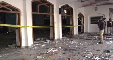 Taliban attacks Pakistan Shiite mosque, killing 20