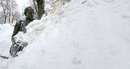 Should you jump out of your window into the snow? (+video)