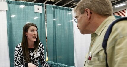 Jobless claims fall sharply, boosting job market cheer