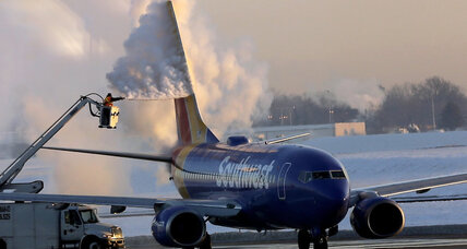 Southwest cancels nearly 100 flights, but planes can fly for 5 days