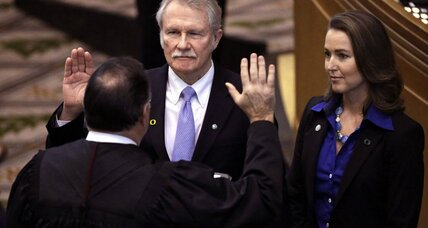 Can Oregon Gov. John Kitzhaber survive 'first lady' scandal?