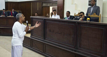 Egypt to retry Al Jazeera journalists, dashing hopes of quick release (+video)