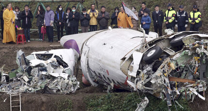 TransAsia Airways crash survivor: 'Engine did not feel right' after takeoff