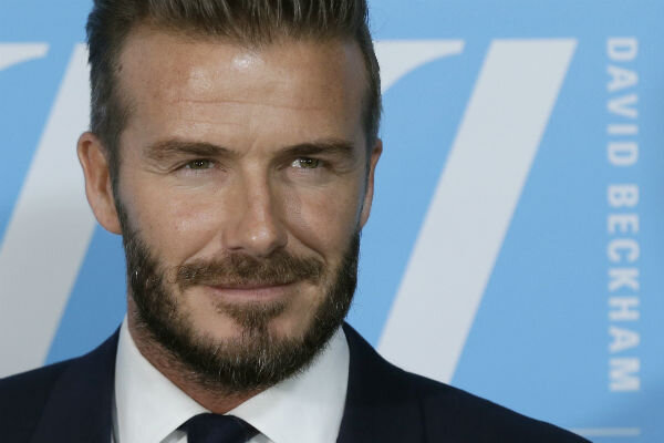 david beckham bent on being a cool dad. Black Bedroom Furniture Sets. Home Design Ideas