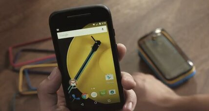 Moto E: Low-cost smart phone for students