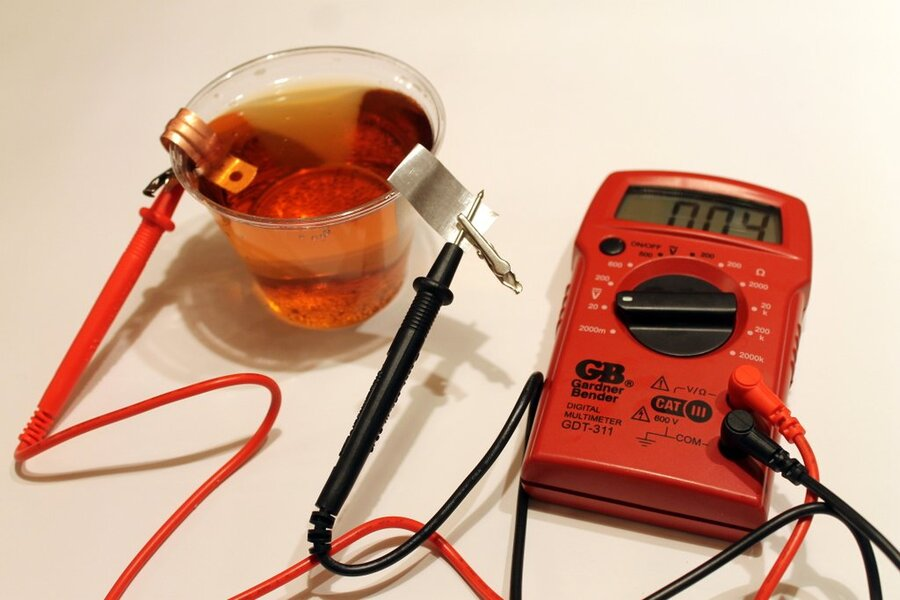 How to make your own battery, just like Alessandro Volta