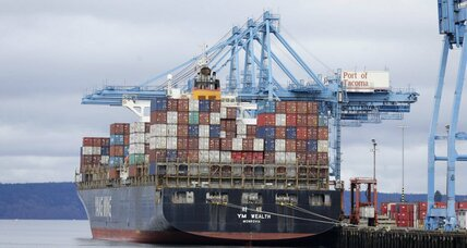 Dockworkers, shippers agree to resume West Coast port operations