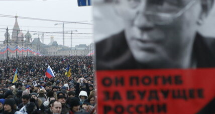 In Moscow, a protest march becomes a wake for slain opposition politician (+video)