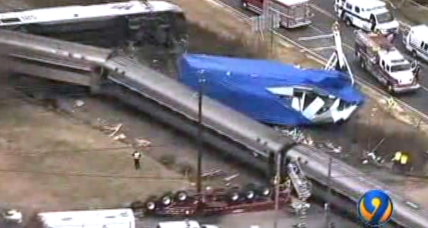 Amtrak train strikes 18-wheeler in North Carolina (+video)