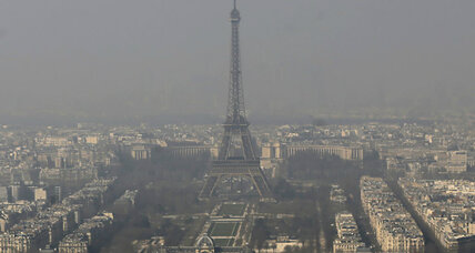 To ease smog in Paris, an 'odd' solution