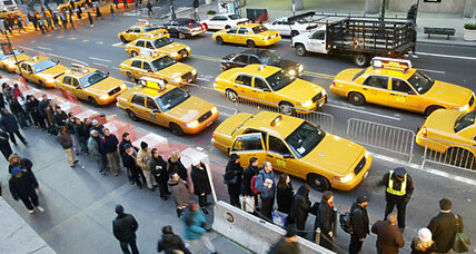 How did Uber come to outnumber NYC's Yellow taxis? (+video)
