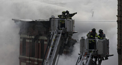 Gas blast blamed for New York building fire