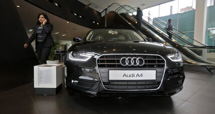 Audi A4: 2016 model with interior leaked