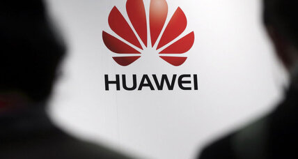 China's Huawei looks to win over US phone shoppers
