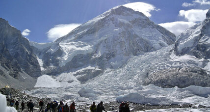 Sherpas head back to Everest, leaving bitter protests behind