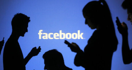 Facebook woos media giants: Will social media control the future of news? (+video)