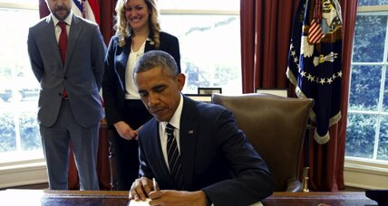 Obama cracks down on another emissions giant – the US government (+video)